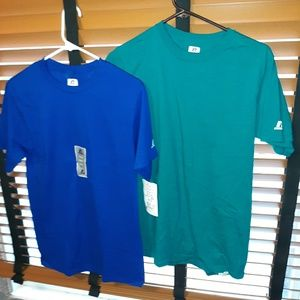👕bundle of Russell tees men's size small👕